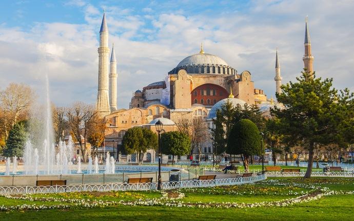 historical_peninsula-istanbul-ayasofya_570